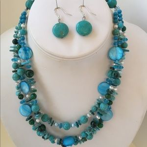 Jewelry - Turquoise and mother of pearl 3-strand necklace